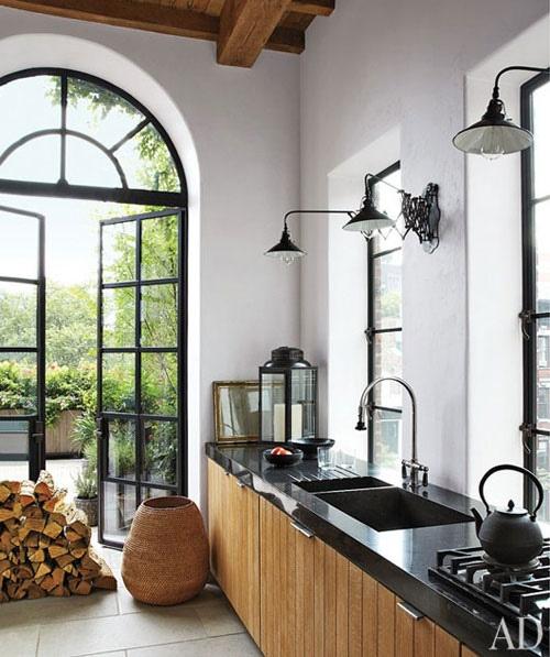 10 interiores con puertas de cristal y marco negro10 for Puertas madera con cristal