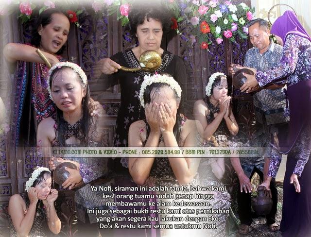 Album Colase / Kolase Siraman, Akad Nikah & Resepsi Pernikahan NOFI & EKO - 06 & 07 Oktober 2014 - Foto & Kolase oleh KLIKMG Fotografer Surabaya, Rias Pengantin oleh Estiariani.cf - Rias Pengantin Purwokerto