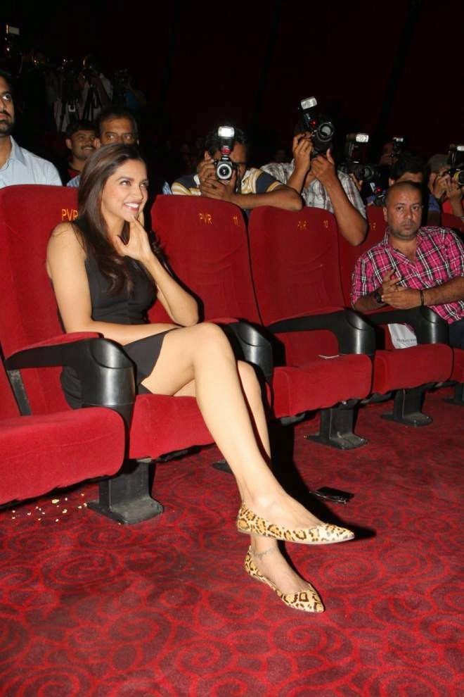 Deepika Padukone Hot Thigh Images