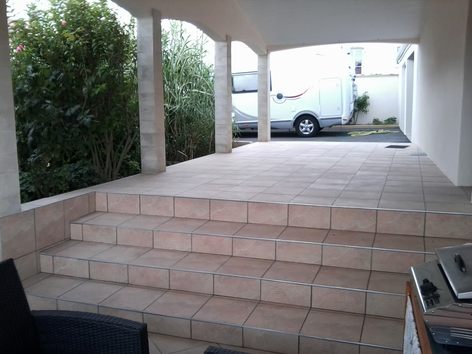 Pose carrelage escalier exterieur 28 images carrelage for Poser carrelage sur carrelage