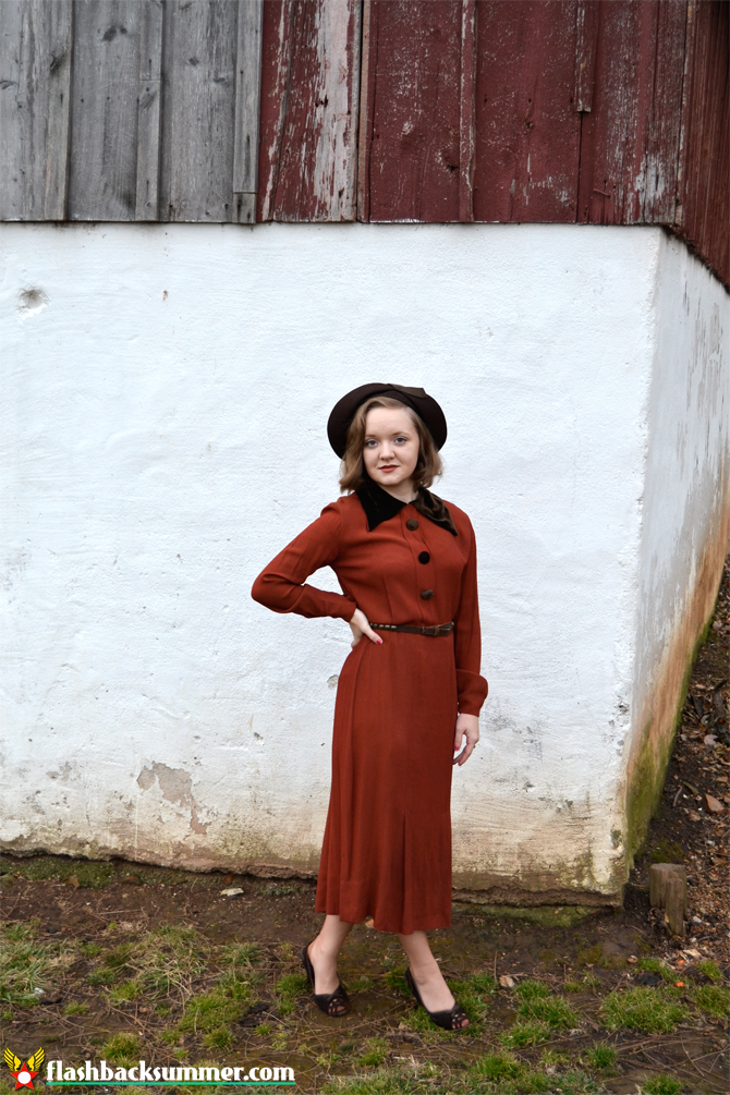 Flashback Summer: 1930s Thanksgiving Outfit - Fiddler in the Park