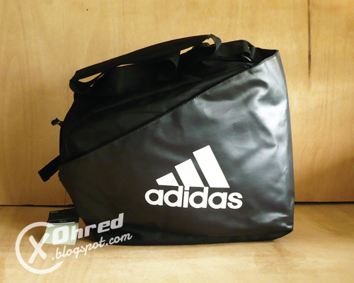 Tags Adidas black colour fixie bag football messenger SOLD