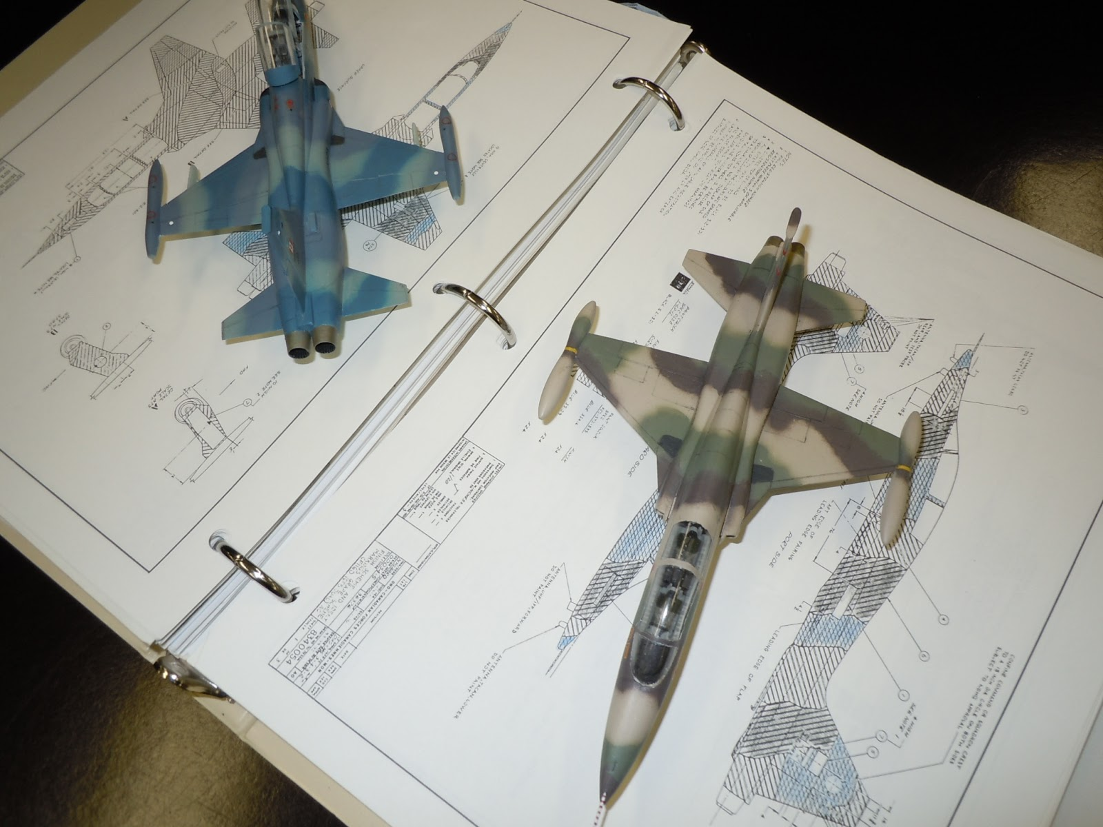 john showed us the difference in color of various model paints even though they are supposed to be the same color he used the plastic fuselage and wing - Revell Night Color