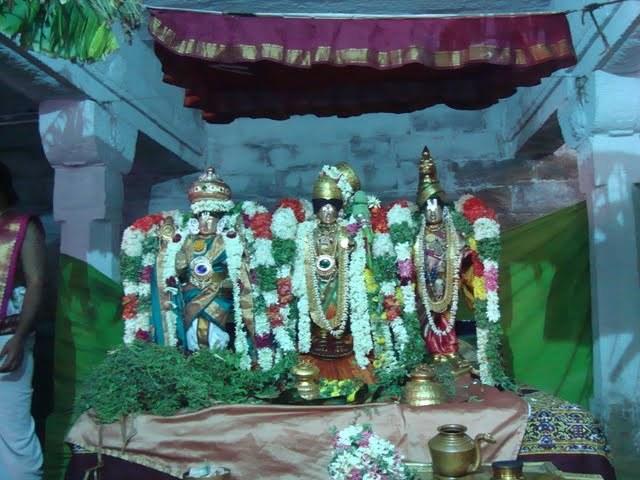 Raganatha Temple (India) Andal+with+2+perumal