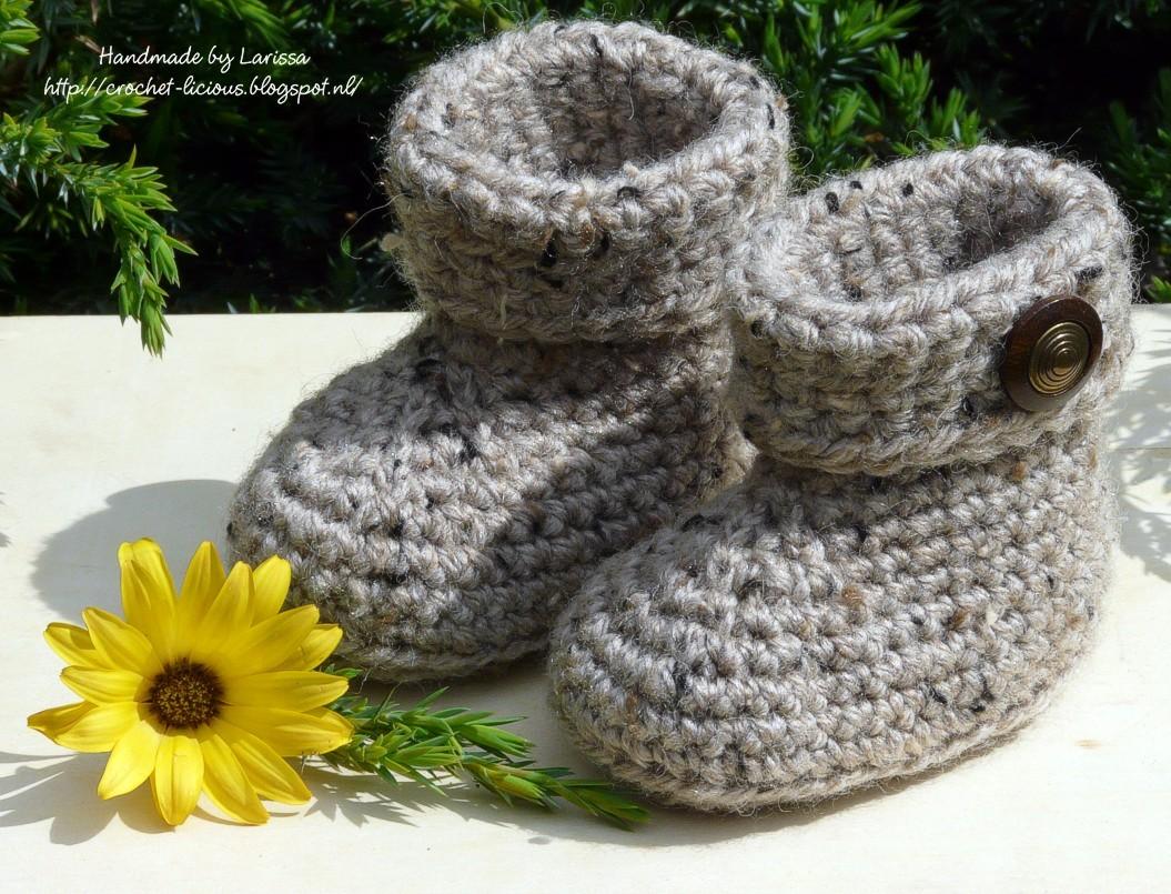 Crochet Licious Cuffed Baby Booties
