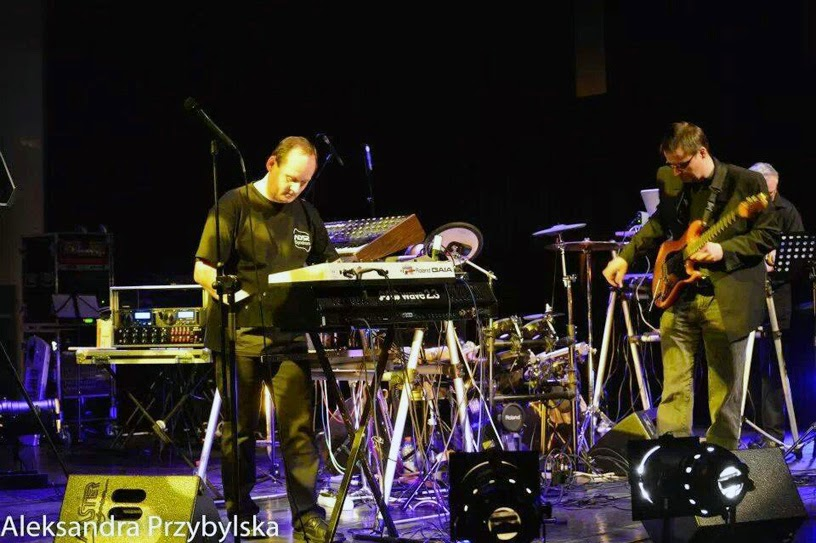 Torsten Abel alias TMA et le guitariste Martin Rohleder alias Martinson sur scène / photo : Aleksandra Przybylska