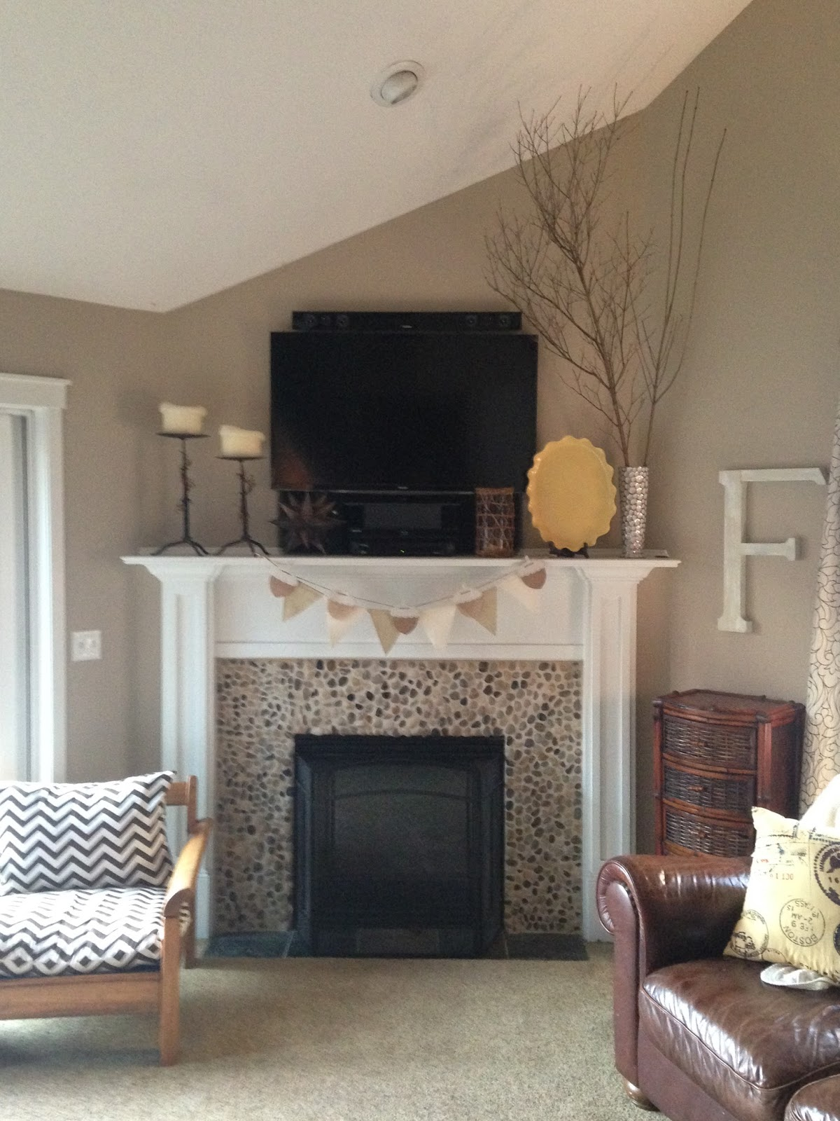 Inside heathers home rock fireplace surround rock fireplace surround solutioingenieria Choice Image