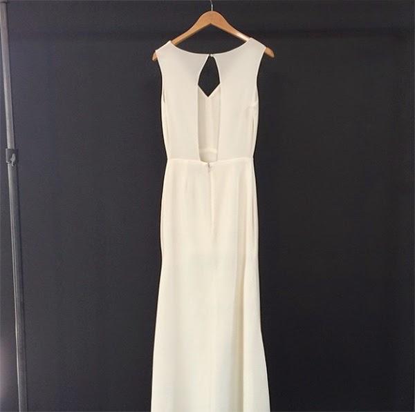 New Sarah Seven Rivington Gown from 2016 Collection - www.sarahsevenblog.com #SarahSeven #weddinggown #modern