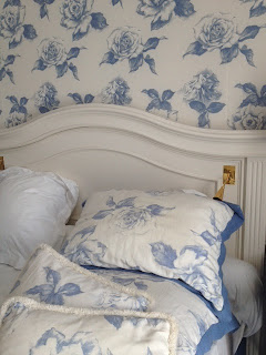 Decorating your bedroom can be very simple with a little bit of pattern and colour added in your bed cushions, give your bedroom and upholstered headboard a new look with different decorative cushions.