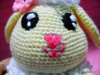 lively eyes amigurumi