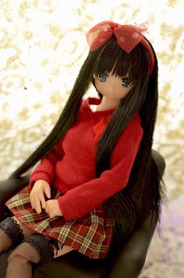 yuzuha sitting