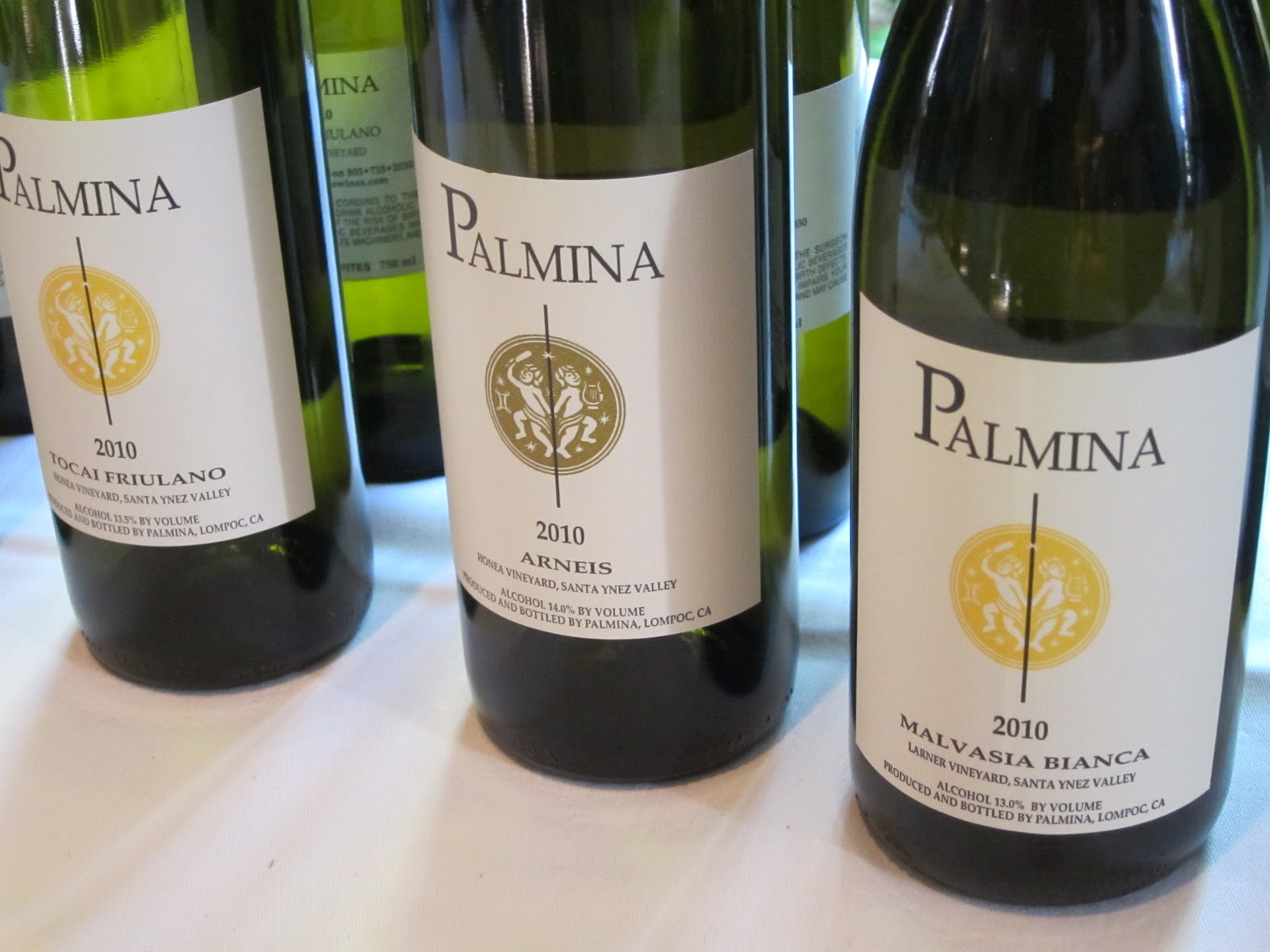 Gourmet pigs stars of santa barbara wine tasting for La fenetre wines