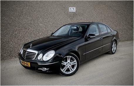 Cho thuê xe Mercedes E280 hạng sang