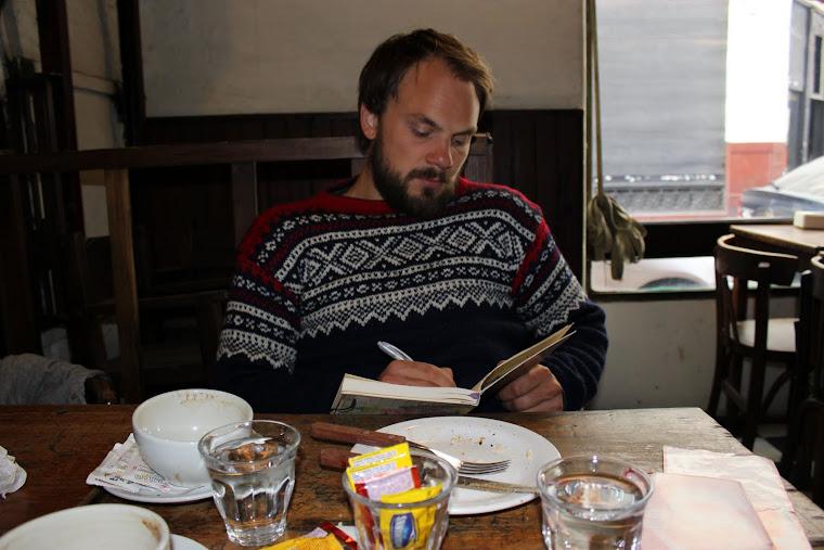 Andreas på pub i San Telmo