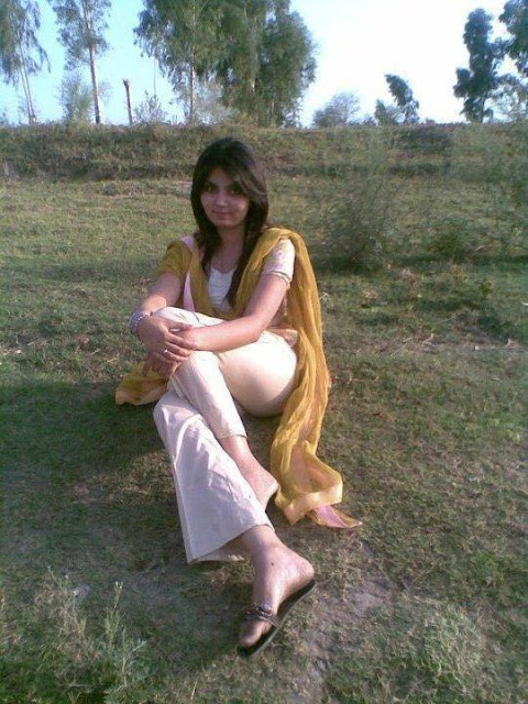 Pakistani Hot Girl Picture