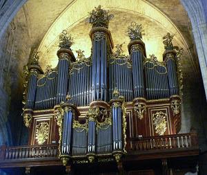 Marie-Cécile LAHOR, organiste à la Cathédrale de Montpellier