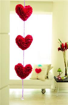móbile de corações de papel