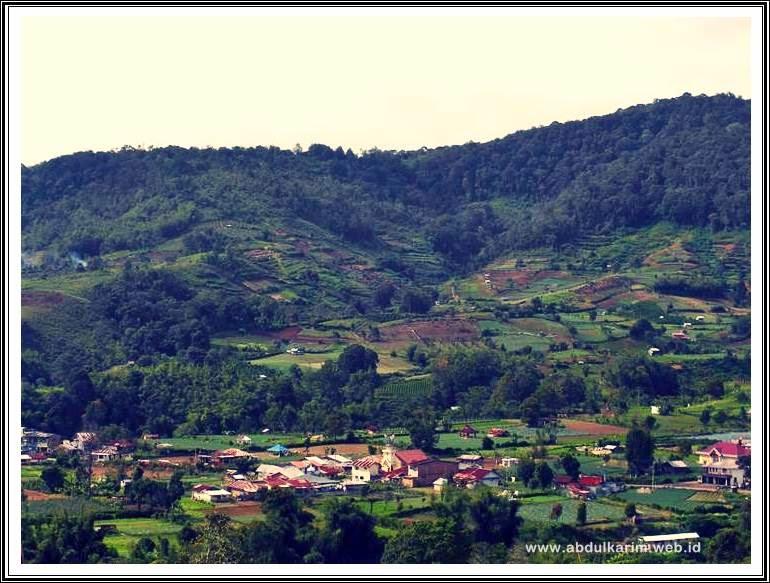 Wisata Bukit Gundaling