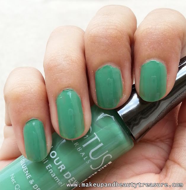 Lotus Herbals Colour Dew Nail Enamel '80 Go Grapes' Review & NOTD