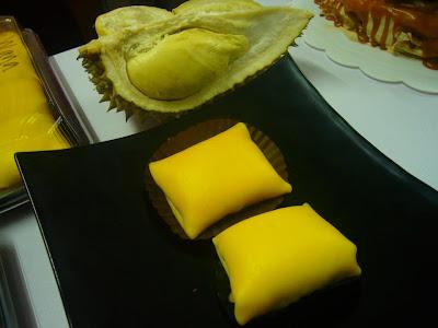 resepi durian crepe, durian crepe, cara buat durian crepe, tips buat durian crepe