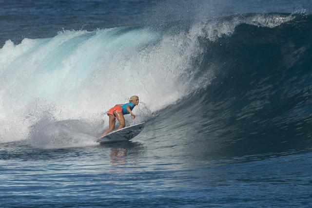 10 Tatiana Weston Webb 2015 Fiji Womens Pro Fotos WSL Kirstin