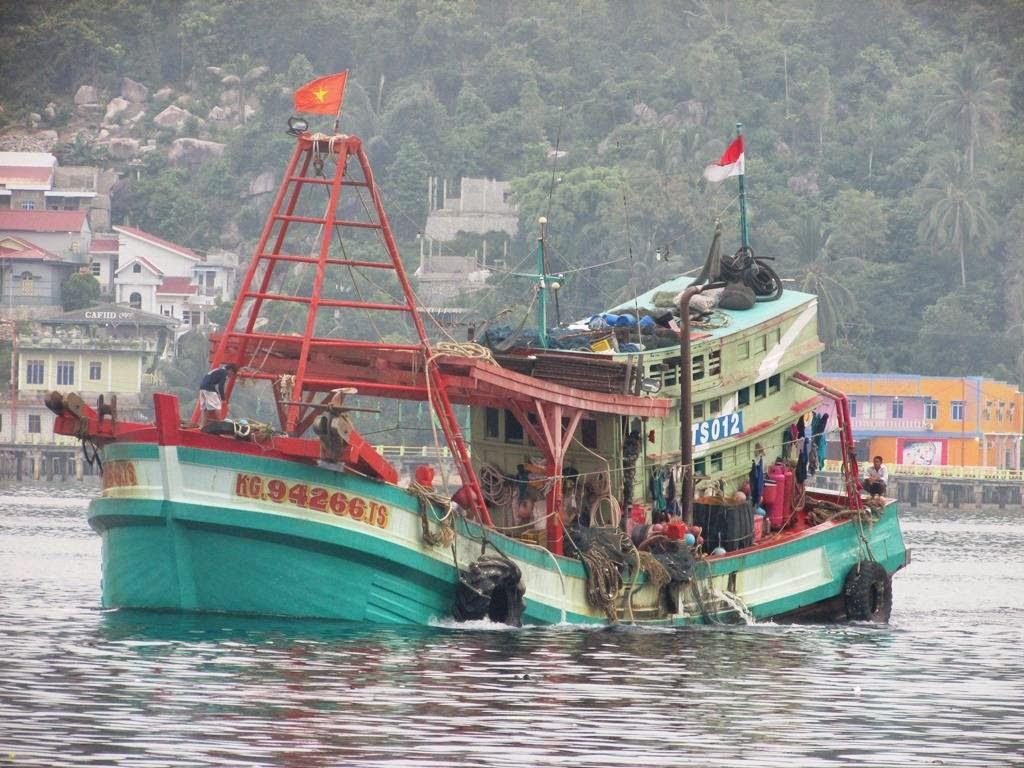 boom kapal pencuri ikan diledakkan page 3 kaskus