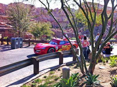 Ligtning McQueen Cars Land Carsland DCA DIsney Radiator
