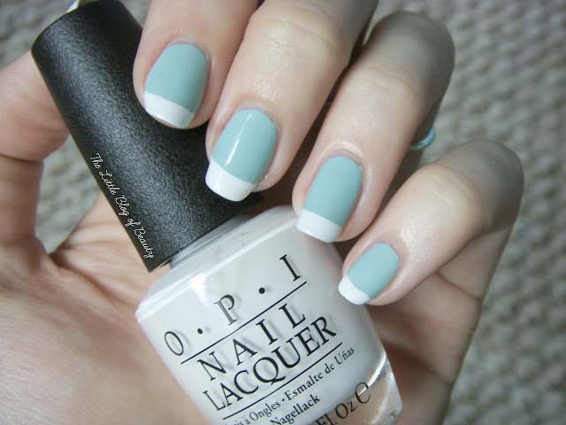 Nail art - The minty French manicure