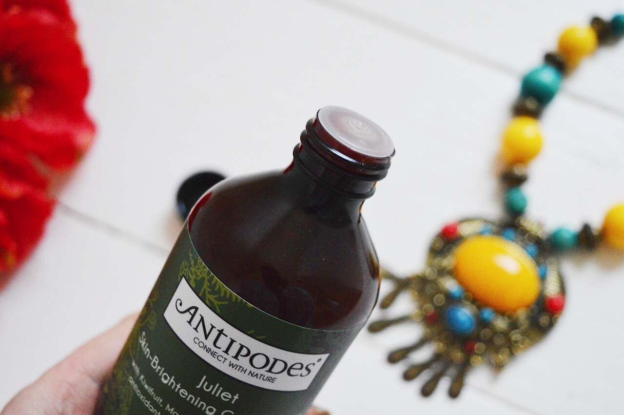 Antipodes Juliet Skin Brightening Gel Cleanser review, beauty bloggers, FashionFake, natural skincare products