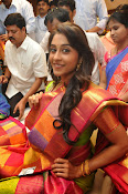 Regina photos at chennai shopping mall-thumbnail-12