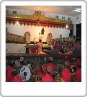 Budaya tradisional pwe myanmar celebrity