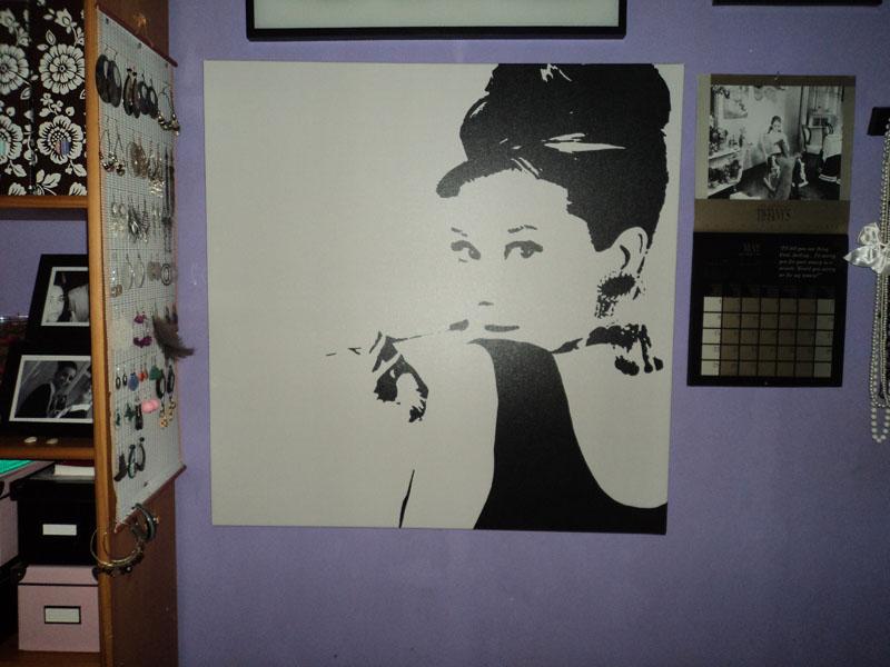 Mi cuadro de ikea mi armario y mi tocador son un mercadillo - Cuadro audrey hepburn ...