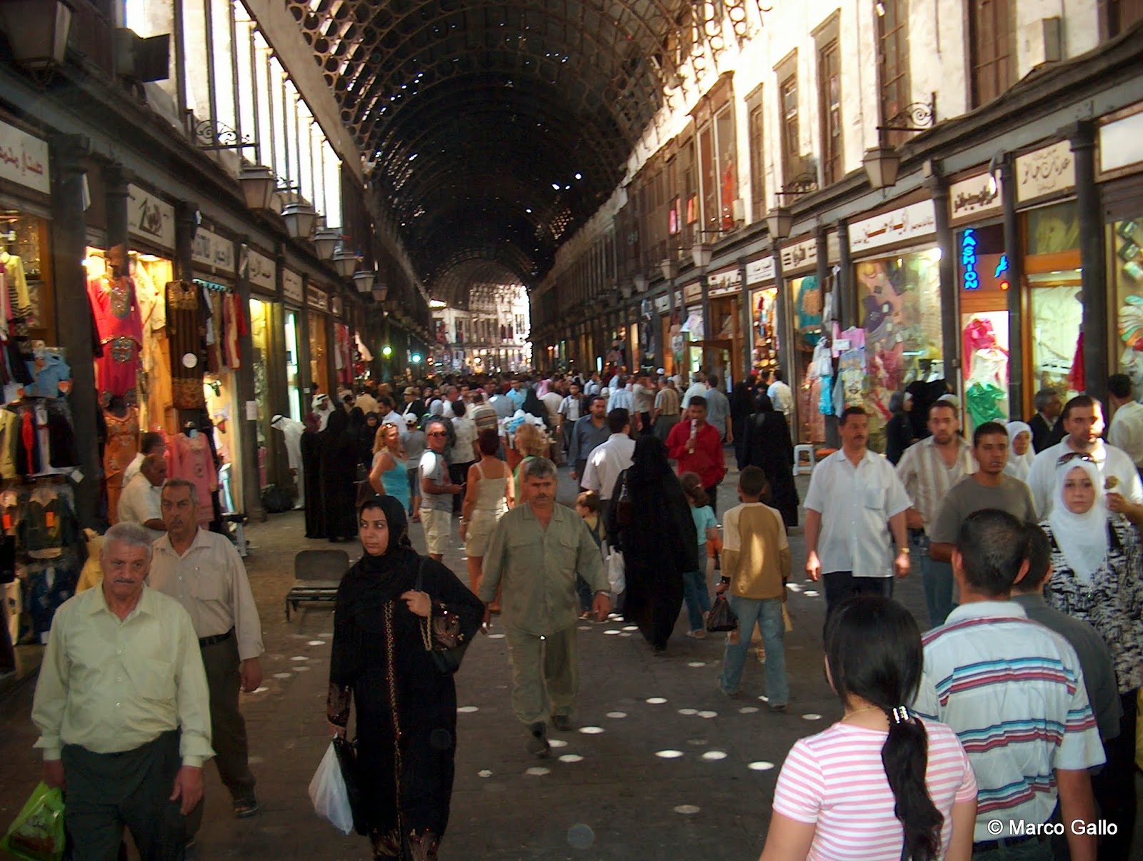 Vivir viajando: Zoco Al-Hamadiyya, Damasco. Siria.