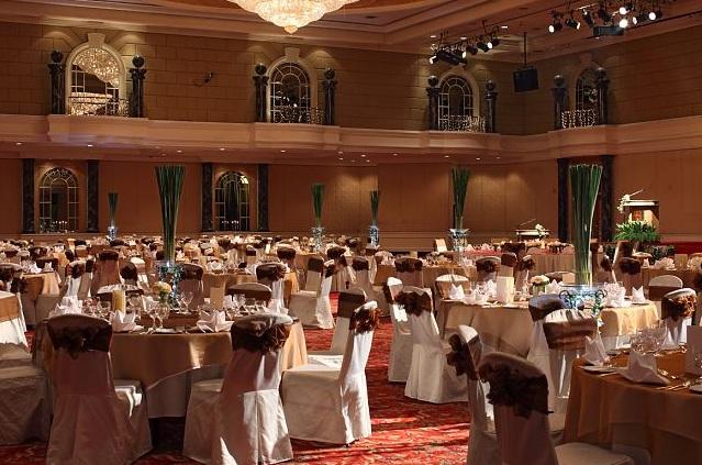 Wedding reception at renaissance hotel kl ballroom junglespirit Image collections