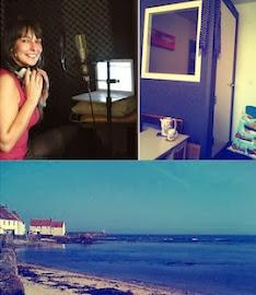 Vicky @ Acoustic Wave...