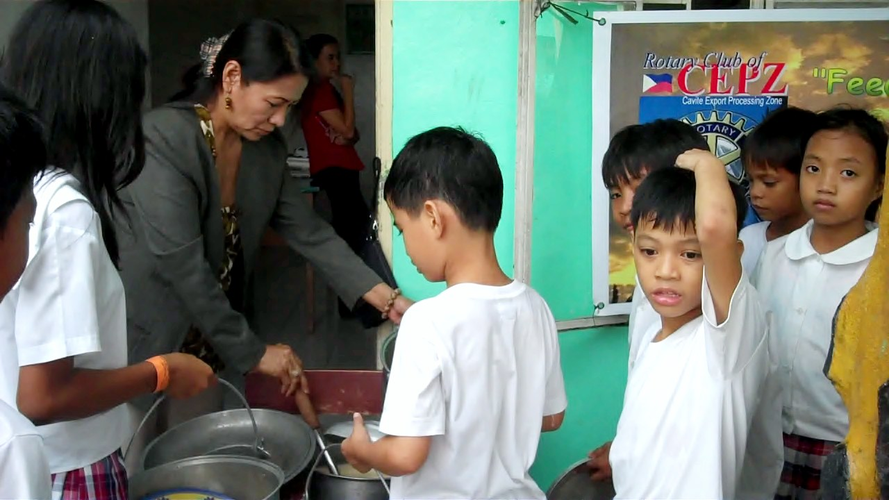 Soup Kitchen Feeding Program #7 | Rotary Club of Cavite Export ...