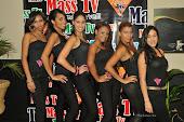 Chicas del Elenco del 5to. Aniversario de Mass Tv en la Alfombra Roja