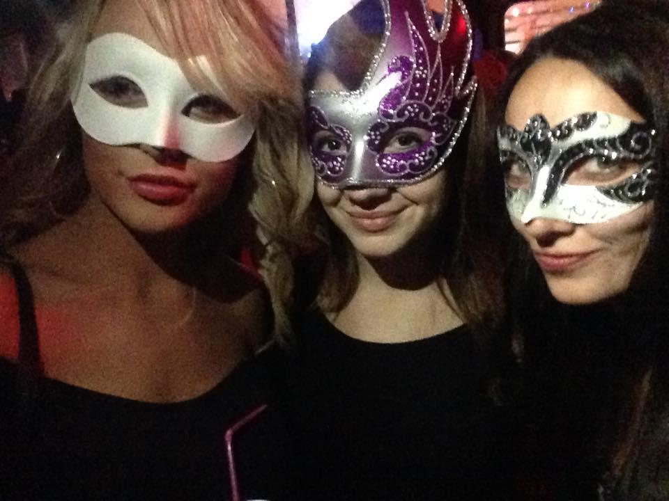 Contiki mask party