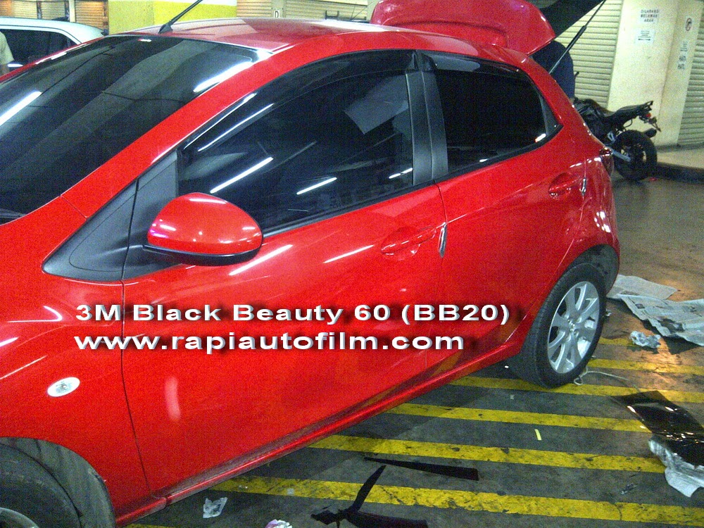 Review Mazda 2 Menggunakan Kaca Film 3m Black Beauty Rapi Auto Film