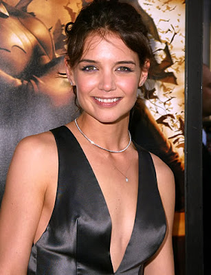 Katie Holmes hits premiere Don't Be Afraid of the Dark' Premiere