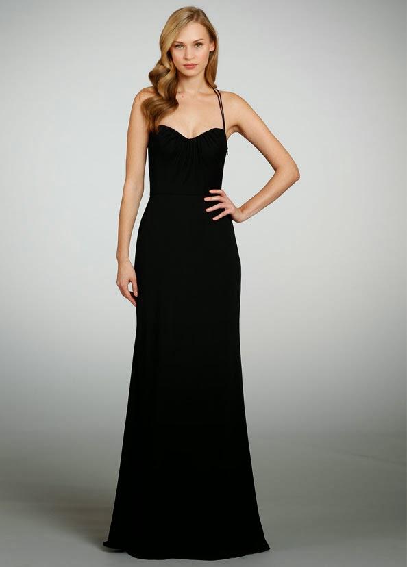 Këtu po postojmë fustanet më të bukur të zinj që kemi gjetur.
