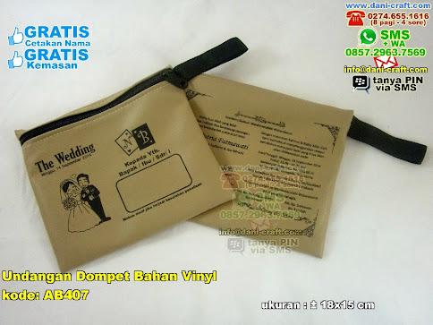 Undangan Dompet Bahan Vinyl