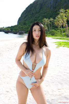 gorgeous asian