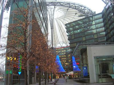Potsdamer Platz (Plaza de Potsdamer), Berlin, Alemania, round the world, La vuelta al mundo de Asun y Ricardo, mundoporlibre.com