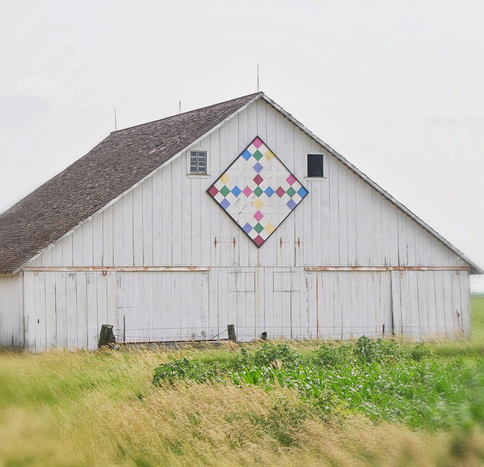Lovely Little Handmades: Quilty Barn Wall Quilt
