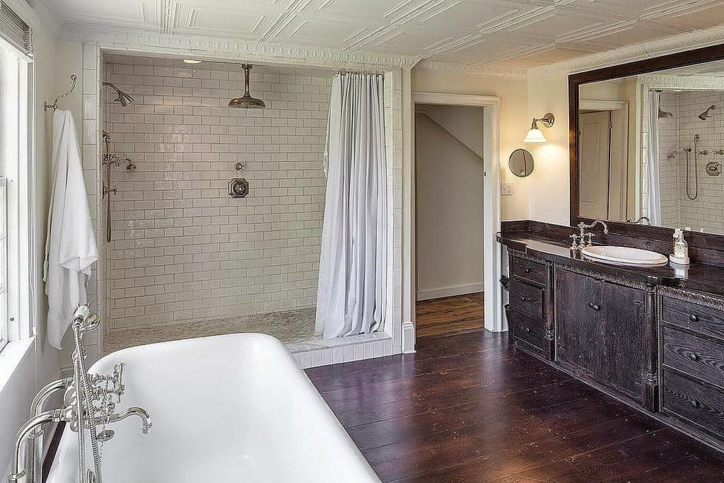 Interieurbouw: Badkamerkasten en badkamers: Celebrities, Maatwerk en ...