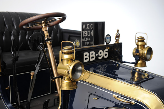 Vintage cars - Classic cars -The 1904 Wilson-Pilcher, built by Irish engineer Walter Wilson, later credited with inventing the very first tank while working for the British admiralty