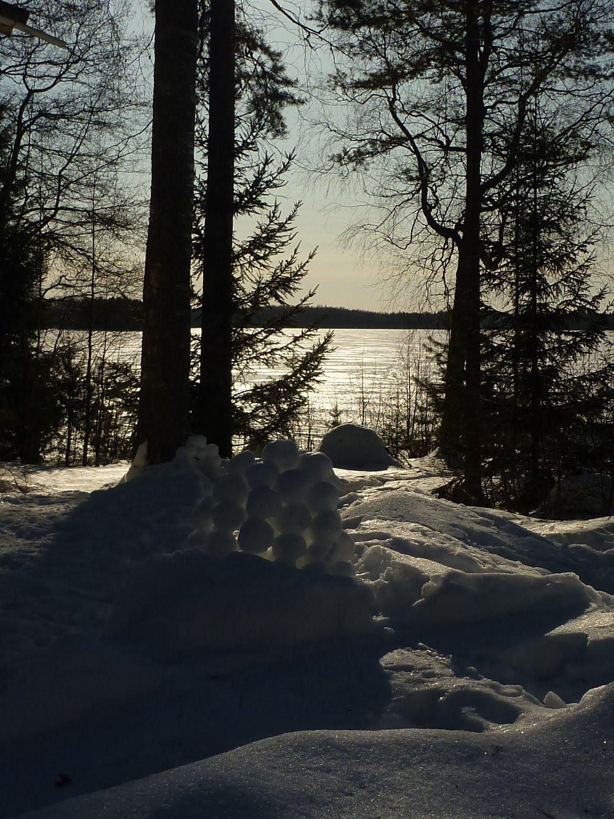 scandinavian deko finnish winter cottage. Black Bedroom Furniture Sets. Home Design Ideas