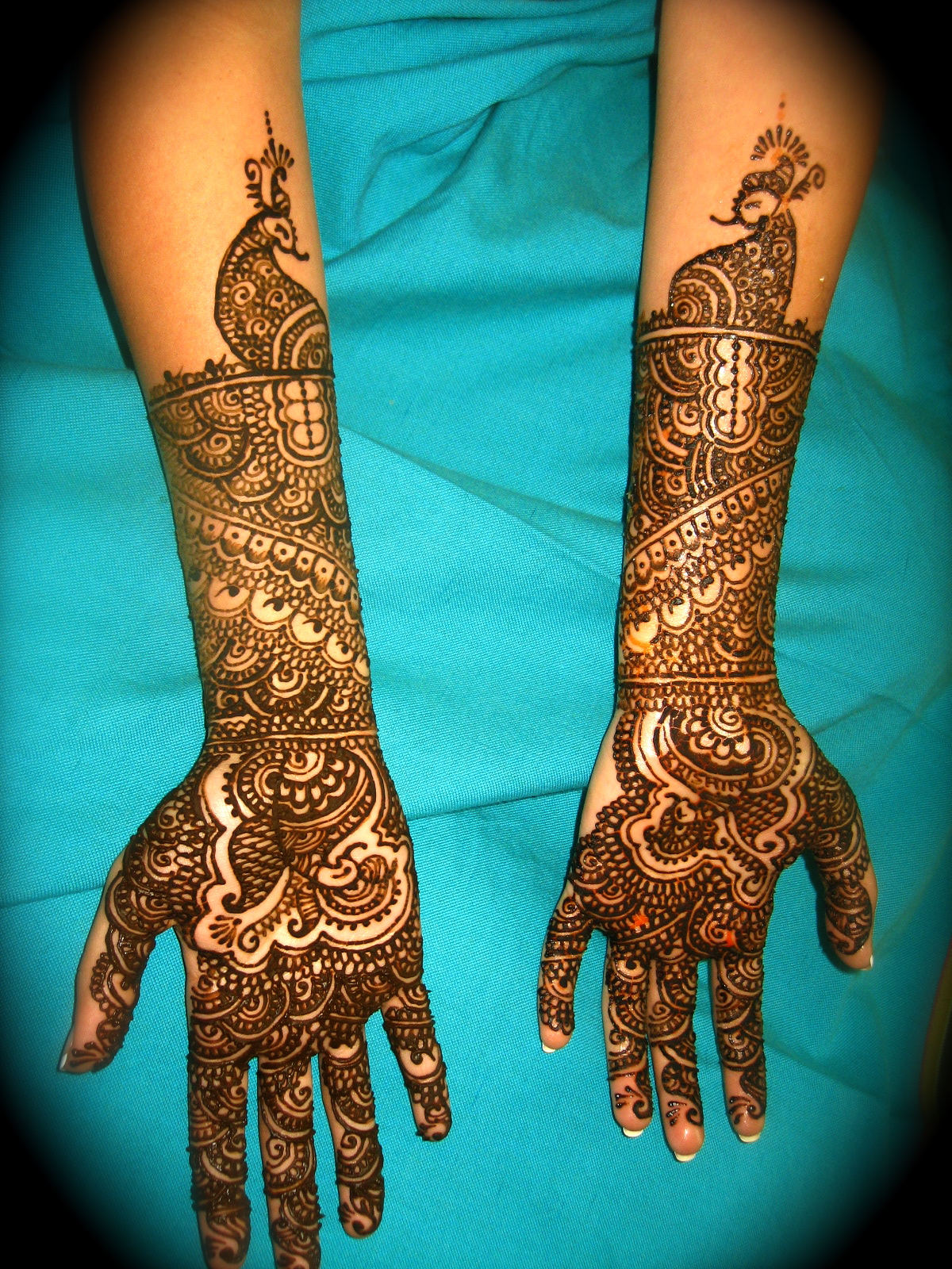 Grand Bridal Mehndi Designs : Grand mehndi designs for hands type cuonun