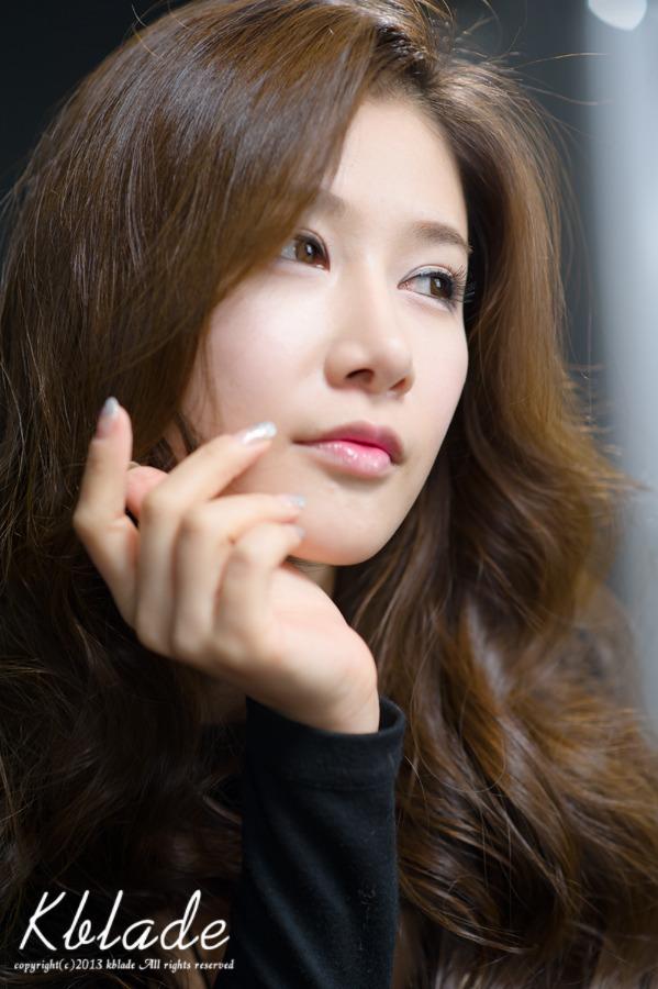 Hwang Ga Hi in Black Mini Dress